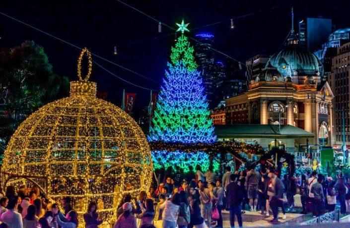 fed-square-christmas-square